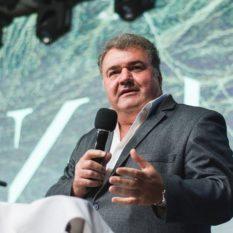 Михаил Кукса